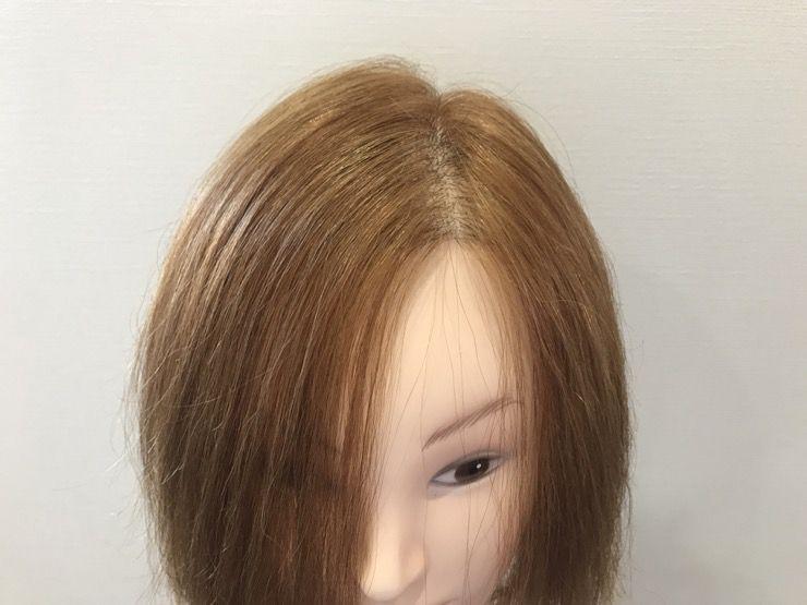 かきあげ前髪の事前状態